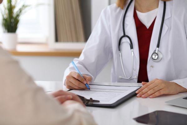 为什么子宫腺肌症会影响女性的生育能力能做试管婴儿吗
